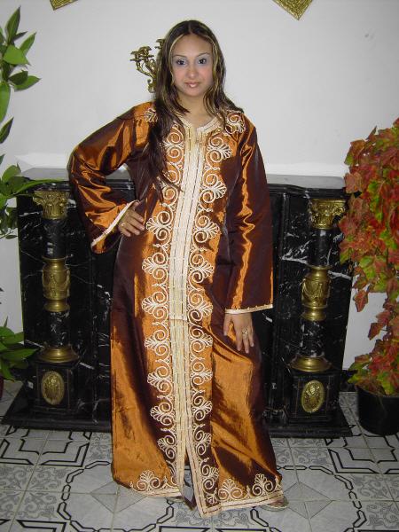 moderne abaya orientalische kleidung bei. Black Bedroom Furniture Sets. Home Design Ideas