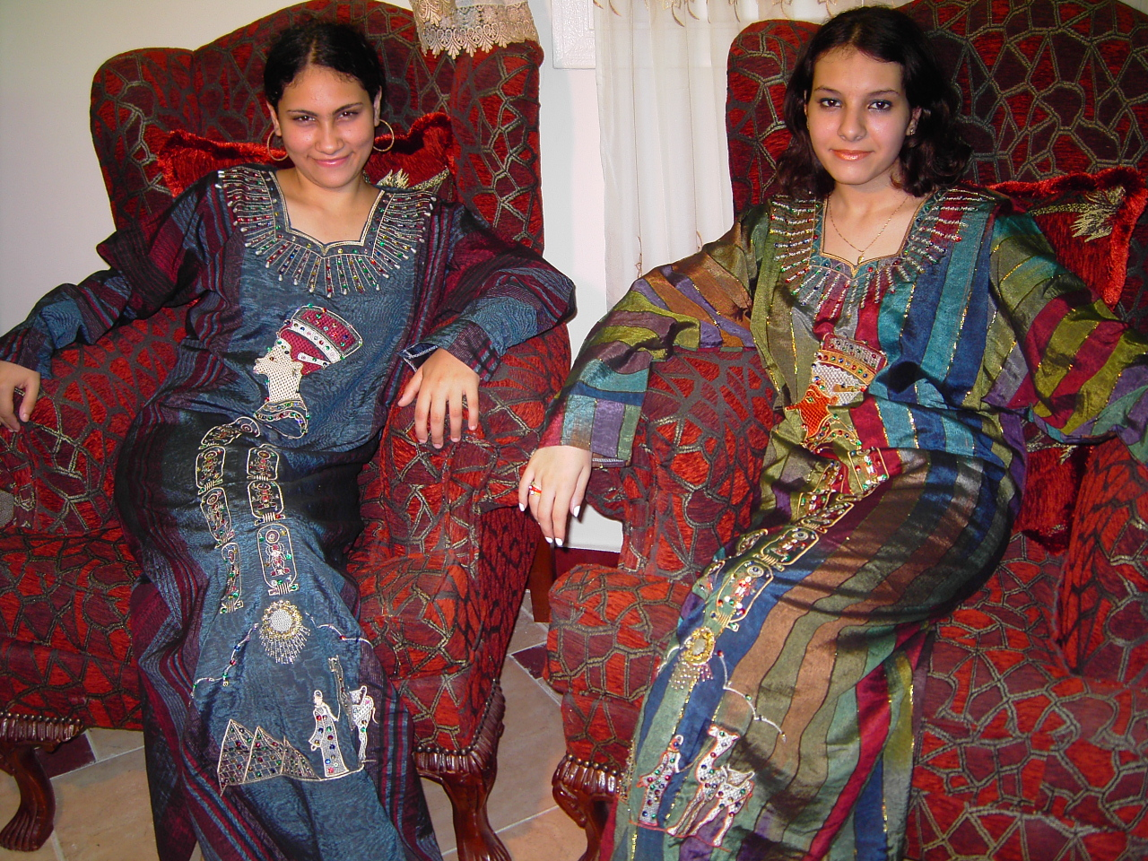 orientalische arabische kleidung- kaftan-abaya-tunika-abendkleid