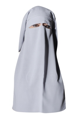 Niqab in grau